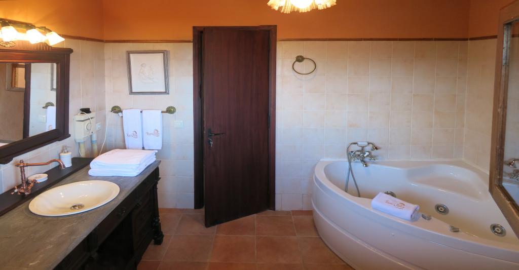 cuarto de baño habitacion 5