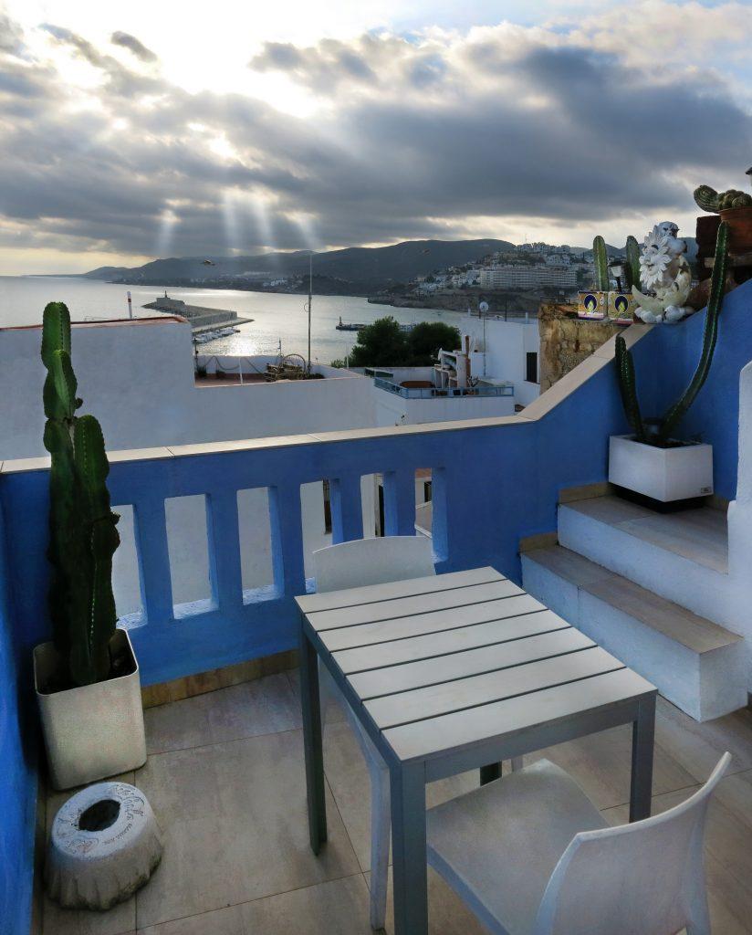 terraza-pequena-penis_panorama1